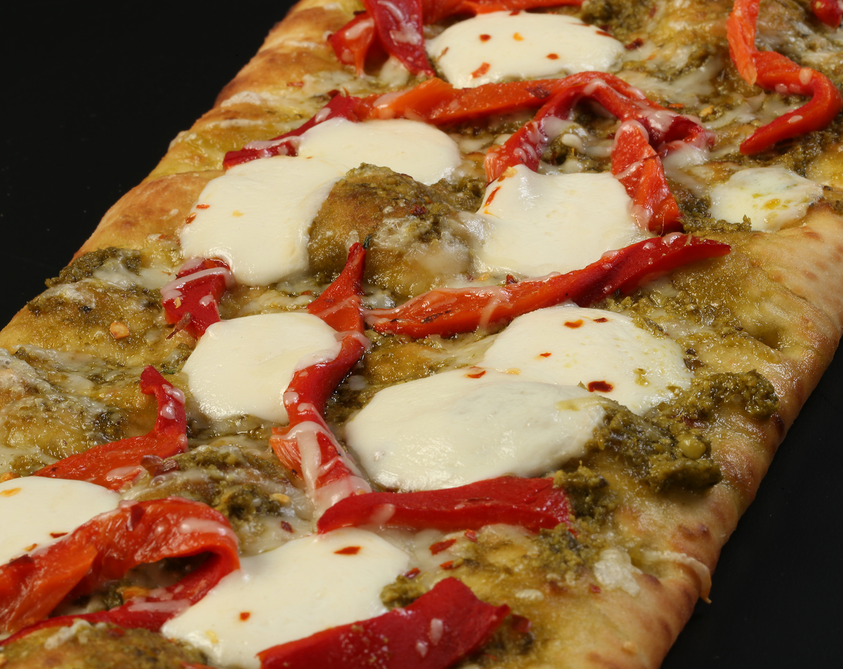 Brooklyn Bred Pizza Crust Pesto with Roasted Red Pepper Pizza